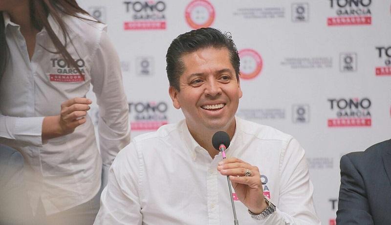 En rueda de prensa, García Conejo, destacó que el proceso para la elección de candidato al Senado, debe ser  una decisión de la militancia, sin dedazo