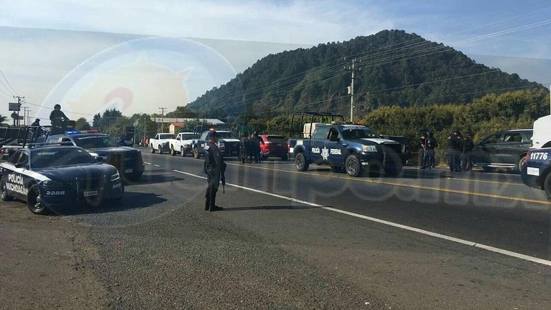 Uno de los civiles fue detenido mientras que sus cómplices lograron darse a la fuga rumbo al cerro, dejando abandonada la camioneta, por lo que se desplegó un fuerte operativo en la zona sin resultados positivos