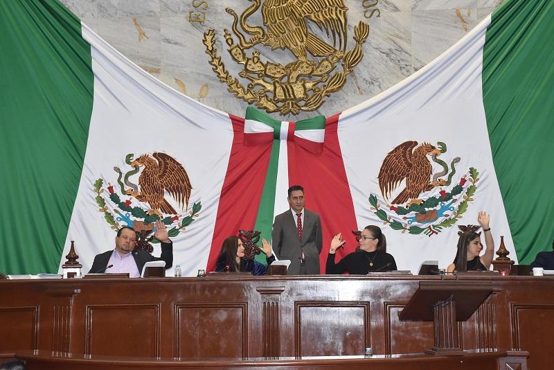 Las Leyes en donde se establecen las condiciones para los cobros se servicios, mismos que no son mayores al índice inflacionario, ello con la finalidad de no afectar la economía de los michoacanos