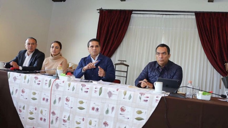 A Antonio Soto, designado ayer titular de la Secretaría de Desarrollo Social Humano, el gobernador le solicitó revisar de inmediato la operación de los programas y la respectiva dotación de los apoyos a los sectores más vulnerables