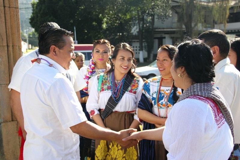 Ante ello el Partido de la Revolución Democrática refrenda su compromiso por promover el respeto de los derechos de las mujeres
