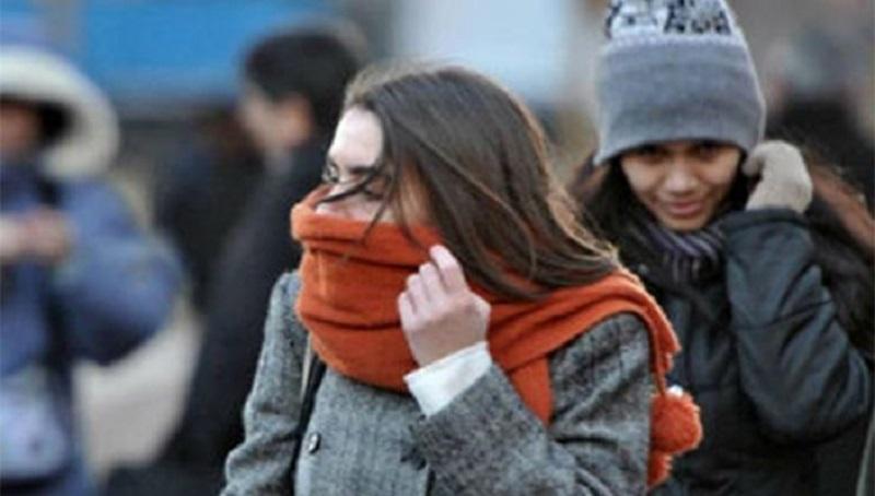 Para la tarde-noche se pronostica el ingreso de un nuevo frente frío a Baja California, lo que ocasionará otro marcado descenso de temperatura y vientos fuertes con rachas superiores a 60 kilómetros por hora (km/h) con tolvaneras en Baja California y Sonora