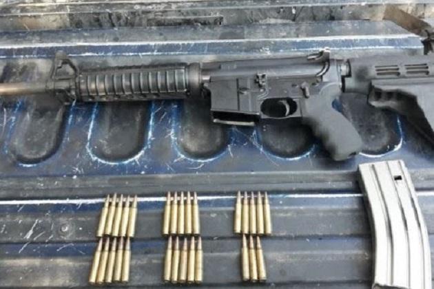 Edgar Eduardo R., el vehículo y el arma serán puestos a disposición de la autoridad competente, que determinará la situación jurídica del detenido