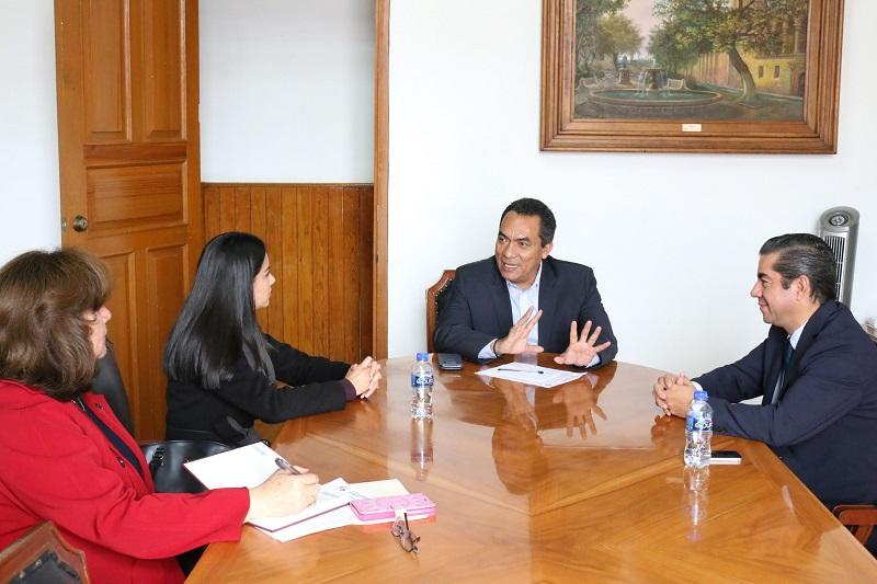 López Solís expuso que el Gobierno del Estado es respetuoso de las determinaciones y acciones legales que tome el Instituto para que juntos se pueda coadyuvar en dar mejores resultados en beneficio de la ciudadanía