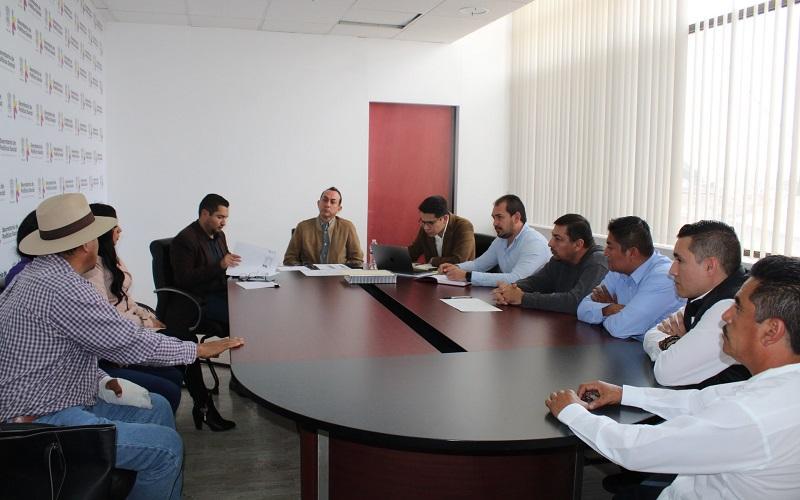 El titular de la Sedesoh, Antonio Soto, encabezó una reunión de trabajo con los Líderes de Proyecto regionales de la dependencia