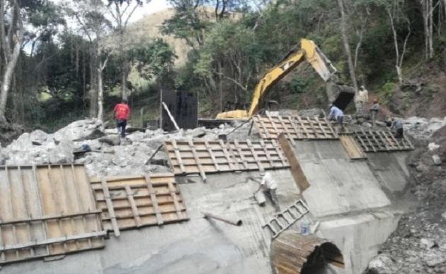 Pascual Sigala, titular de la dependencia, informó que estas presas podrán almacenar más de 280 mil metros cúbicos de agua