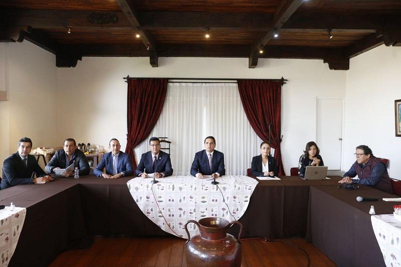 El titular del Ejecutivo indicó que durante este 2018 la administración estatal que encabeza seguirá trabajando en sinergia y de manera coordinada con el Gobierno de la República y los Ayuntamientos