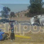 Automovilistas que se percataron del accidente solicitaron apoyo a la línea de emergencias