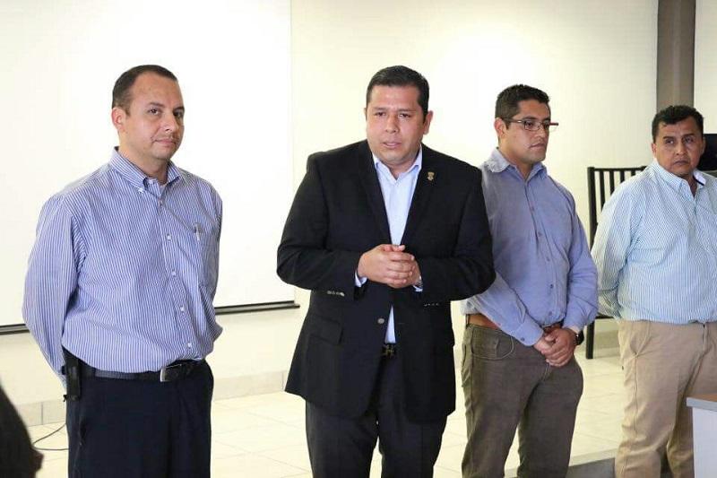 Barragán Vélez, indicó que en el subsistema se cuenta con una plantilla de 734 asesores, en donde se capacitó y actualizó un 90 por ciento en el 2017, un logro importante para el TEBAM