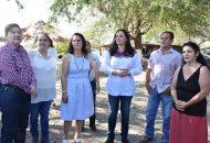 Se pronuncia Adriana Hernández por impulsar actividades productivas