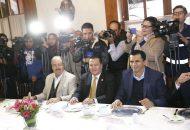 Sobre la ruta que seguirá el PRD para llegar a la firma del Acuerdo de Civilidad, García Avilés indicó que en próximos días se reunirá con los integrantes del Comité Ejecutivo Estatal para aportar ideas