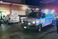 Una de las balas perdidas hirió a José J., de 25 años de edad, el cual se encontraba en una tortillería a un costado de donde ocurrió el homicidio, por lo que fue trasladado al Hospital General para recibir atención médica