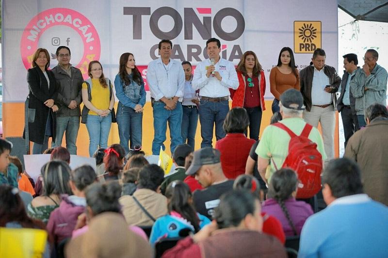 García Conejo resaltó la necesidad de equilibrar el reparto de recursos que se les depositan a los estados y municipios del país, a través de una reforma a la Ley de Coordinación Fiscal desde el Senado