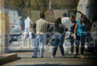 Fuentes policiales indicaron que minutos antes del mediodía de este jueves fueron alertados que sobre la Avenida Diamante, casi esquina Avenida Marfil, se encontraba una persona lesionada por impactos de arma de fuego