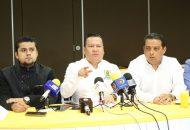"""En Michoacán no puede seguir pasando esto, que un grupo de seudomaestros que actúan como delincuentes, la CNTE, generen este clima de tensión. Les pido que se vayan a las aulas y no a las calles"""": García Avilés"""