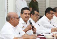 Uno de los retos fundamentales, es hacer de Huetamo un municipio y una región segura, destaca Aureoles Conejo