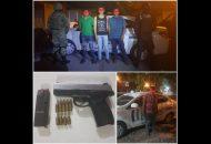 De Inmediato fueron asegurados y trasladados a las instalaciones de la PGR, Alexis Emiliano Á., de 18 años de edad, Francisco Javier B., de 23 años de edad y Óscar C., de 22 años de edad, tras haberle se encontraron su poder un arma de fuego tipo escuadra