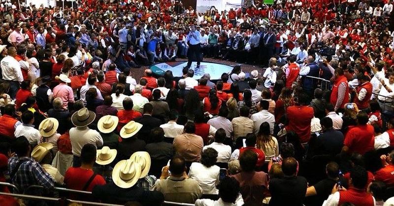 En este contexto el dirigente estatal, Víctor Silva Tejada, dio la bienvenida al precandidato y aseguró que es el mejor perfil para contender por la presidencia de México