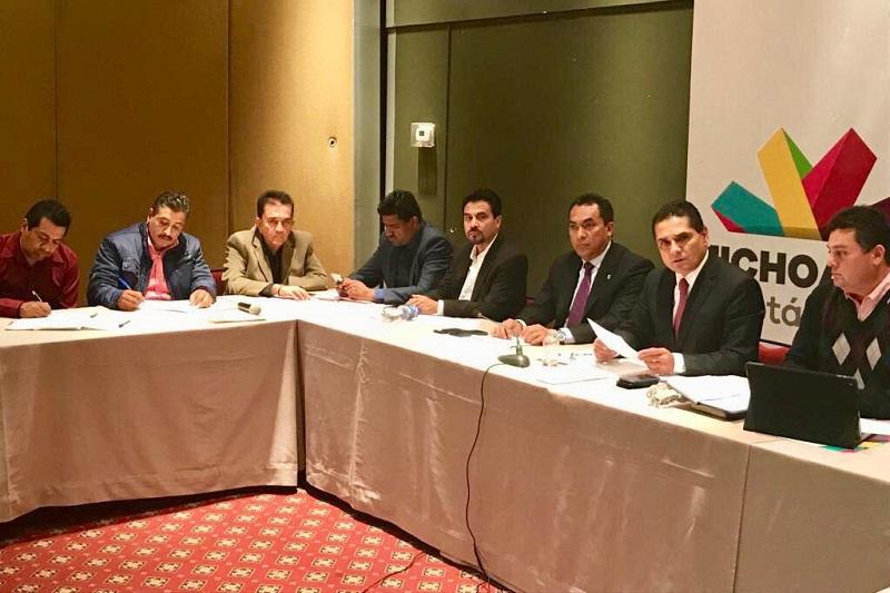Aureoles Conejo llama al magisterio a no politizar sus manifestaciones y conducirse por la vía de la legalidad, anteponiendo el derecho superior de la niñez y juventud michoacanas a recibir educación de calidad