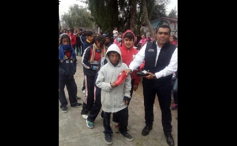 Gómez Arrieta fue cuestionado en torno a la labor social que realiza en distintos puntos de Michoacán