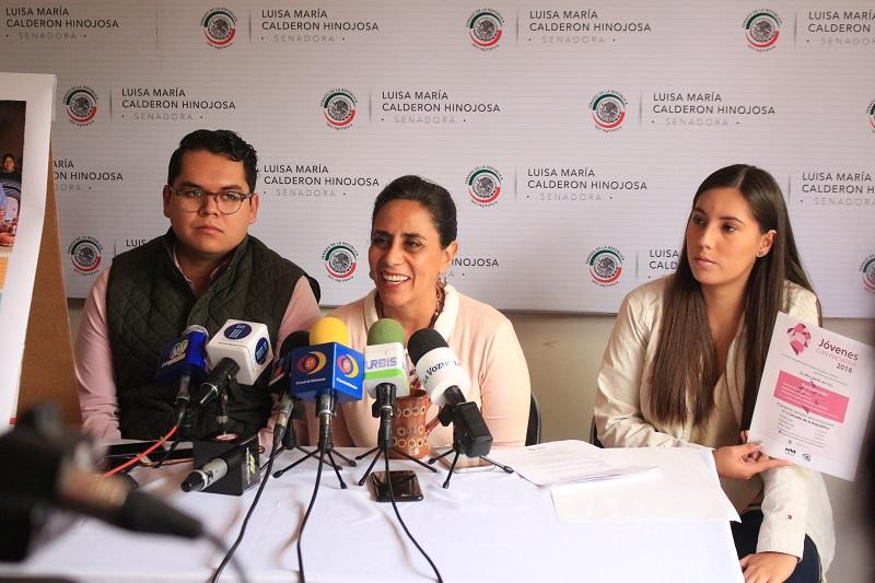 """""""Más del 26% de la población en Michoacán, son jóvenes. Ellos tienen el impulso para cambiar a su comunidad"""": Calderón Hinojosa"""