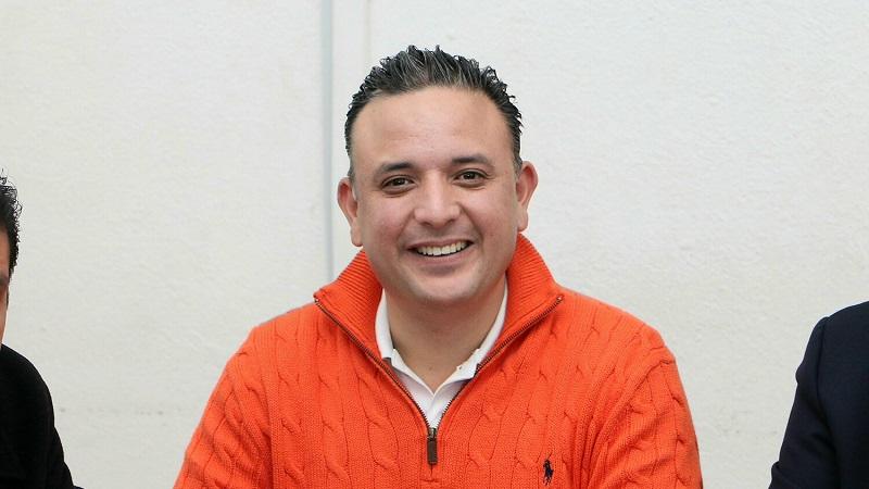 Cabe recordar que como parte de los acuerdos de la coalición Por Michoacán al Frente, se convino que el PAN encabezará en candidatura común la elección de Ayuntamiento de Morelia