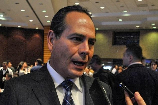 De acuerdo con esa resolución, el ex alcalde de Zitácuaro no logró solventar una serie de observaciones del ejercicio fiscal 2009, por lo que debe reintegrar a la hacienda pública un monto superior a los 12 millones de pesos