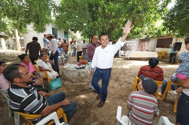 Tras recorrer casi 80 municipios, Torres Piña dijo que los michoacanos están cansados de conflictos y merecen vivir en paz