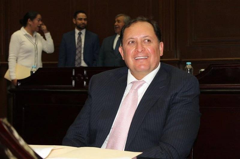 Raúl Prieto indicó que las comisiones realizarán como en todo momento lo han hecho, un trabajo responsable y cumplirán en tiempo y forma y presentarán el dictamen correspondiente para ponerlo a consideración del Pleno