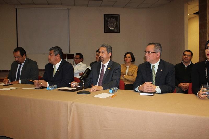 Participa el rector Medardo Serna en la mesa de diálogo con dirigencia e integrantes del Consejo General del Sindicato de Profesores