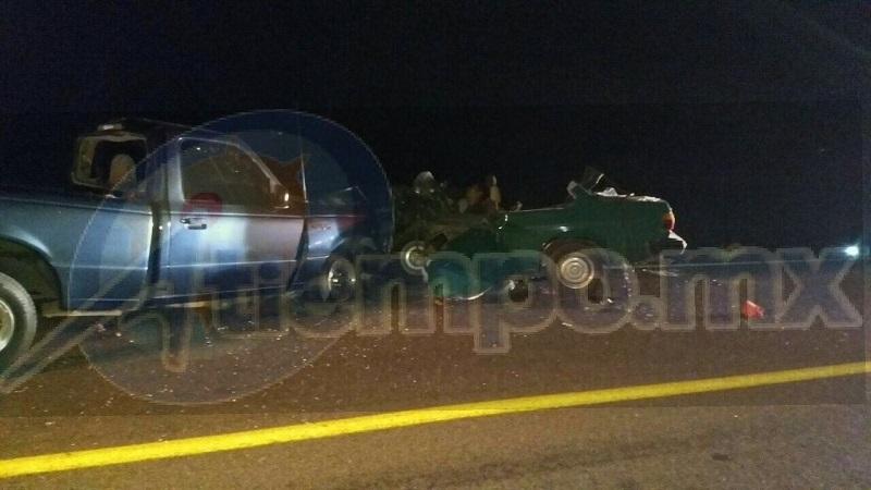 Los hechos ocurrieron en el kilómetro 151 de la carretera Ciudad Hidalgo-Morelia, a la altura de la localidad de San Lucas, mejor conocida como La Casa del Padre