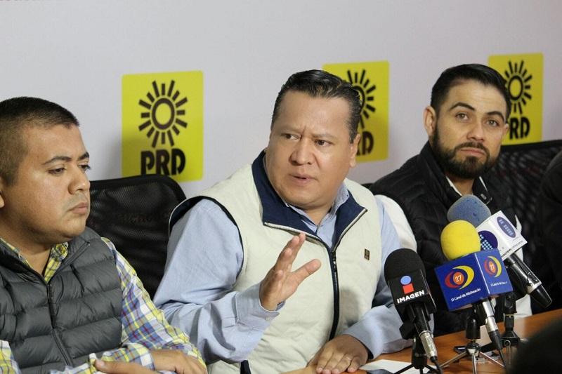 """Pese a ello, García Avilés aseguró que la alianza, """"está muy bien, hemos tenido turbulencia y estamos teniendo un espacio muy justo para la reflexión y muy justo para fijar una posición"""""""
