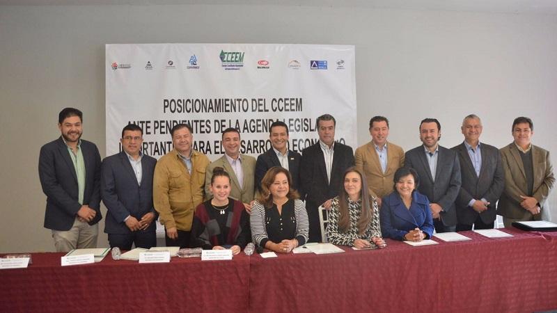 Es de todos sabido que de acuerdo a la medición IIP del IMCO actualmente Michoacán se encuentra en el lugar 28 de las 32 entidades y gran parte es por las iniciativas pendientes: Consejo Coordinador Empresarial del Estado de Michoacán