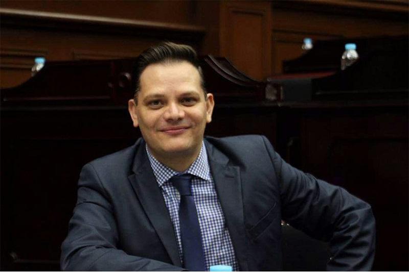 Gómez Trujillo, destacó que en este Tercer Año Legislativo se retomará la agenda legislativa para que se concreten leyes en materia de regulación de manifestaciones, la segunda vuelta electoral, así como temas de seguridad, transparencia y desarrollo socioeconómico