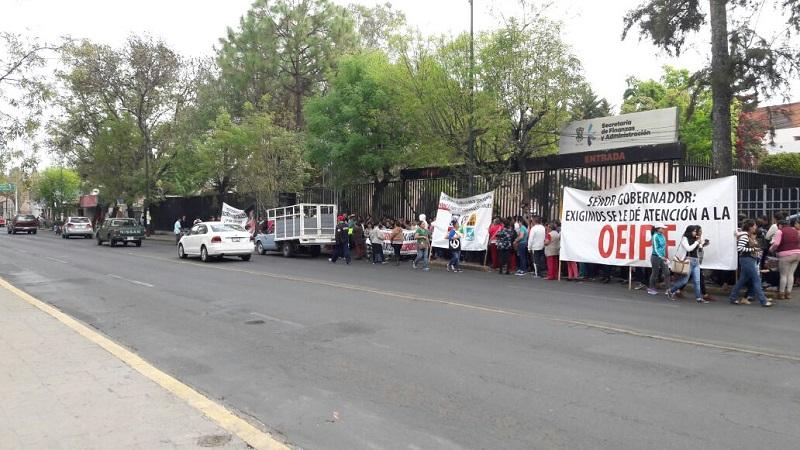 Los manifestantes son encabezados por el profesor Delfino Paredes