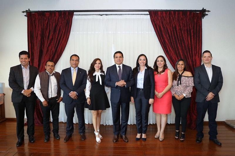 """""""Es necesaria la unión de todas y todos para conseguir el Michoacán que queremos. En mi Gobierno no hay distinción de colores porque es nuestro interés superior sacar adelante a nuestro estado"""", remarcó Aureoles Conejo"""