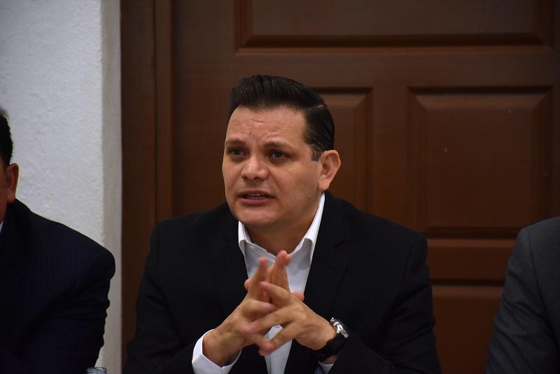 Gómez Trujillo resaltó que el objetivo principal de esta iniciativa es la inclusión de las declaraciones patrimonial, fiscal y de intereses, como requisitos de registro de todos aquellos candidatos que busquen un cargo de elección popular en el estado