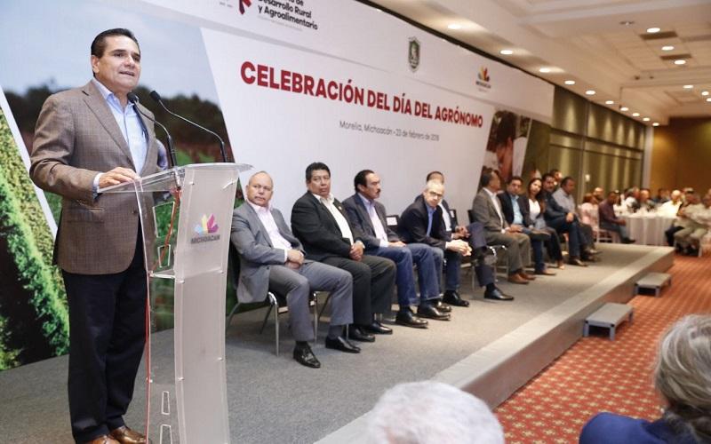 El mandatario estatal compartió la importancia de que Michoacán transite hacia la sustentabilidad a favor del medio ambiente