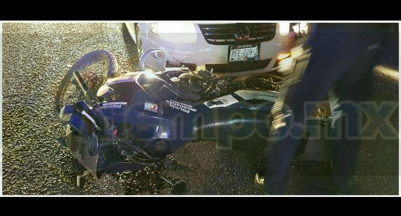 Tras el impacto de ambas unidades los dos elementos de la Policía Michoacán quedaron lesionados, por lo que personal paramédico de Protección Civil Municipal atendió a ambos servidores públicos