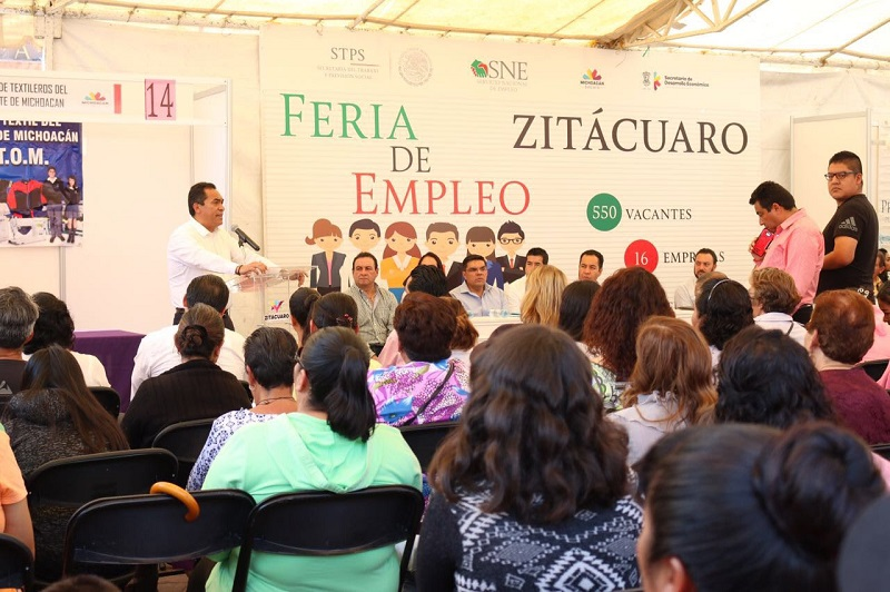 López Solís aseguró que desde el gobierno estatal se hace un esfuerzo permanente por recuperar la credibilidad, por reconstituir la cohesión social y por recuperar la confianza de las y los ciudadanos y en el tema del empleo
