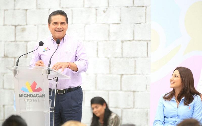 A través del Sistema DIF Michoacán, se entregaron recursos por más de 14 mdp