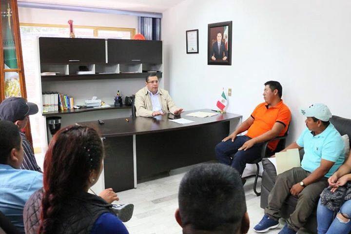 El Telebachillerato atiende a un importante número de estudiantes nahuas que reciben educación integral: Barragán Vélez