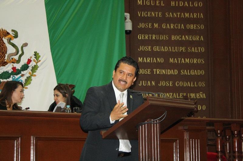 Tras los acontecimientos ocurridos en diversos puntos estratégicos de  Tierra Caliente, el diputado exigió garantizar condiciones para el tránsito libre de los ciudadanos