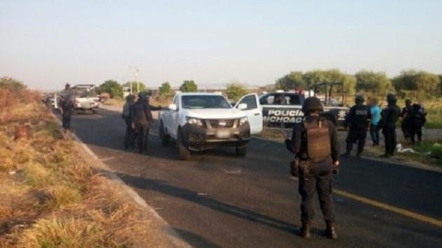 Agentes policiales y castrenses continúan desplegados en la región para liberar el resto de los tramos carreteros que fueron bloqueados