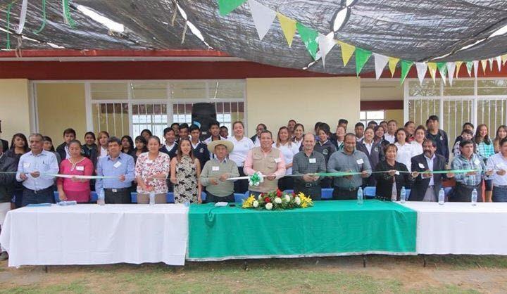 Barragán Vélez sostuvo que la única vía para lograr el desarrollo es la educación, y señaló que el Telebachillerato está comprometido en seguir impulsando la transformación de la entidad
