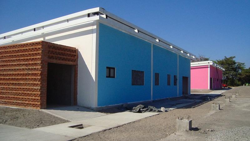 Las instalaciones, localizadas en la localidad de Nueva Italia, han sido adaptadas a los recursos naturales existentes y cuentan con materiales de construcción térmicos que funcionarán como barrera ante los impactos calóricos externos