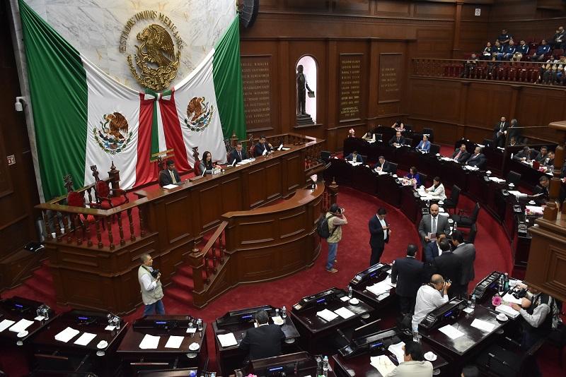 Asimismo, otorgaron ha lugar a discusión temas como la transformación de la figura de la Procuraduría General de Justicia del Estado en Fiscalía Estatal de Justicia; así como paridad de género en ayuntamientos