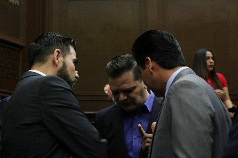 Como se recordará, la demanda de juicio político contra el auditor superior fue promovida por el Cemide, que denunció omisiones del funcionario en torno a un crédito contratado por el Gobierno de Michoacán con Banco Multiva