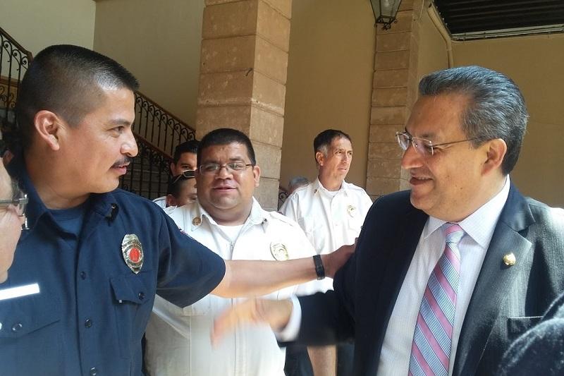 Con la nueva legislación se crea la Academia de Bomberos del Estado, destaca Lázaro Medina (FOTO: ALEJANDRA ORTEGA)