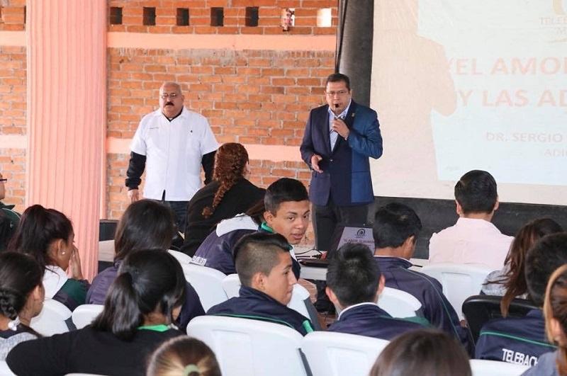 Nuestro compromiso, con la educación: Barragán Vélez